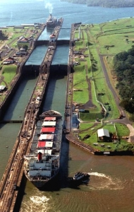 panama-canal-locks-190x300