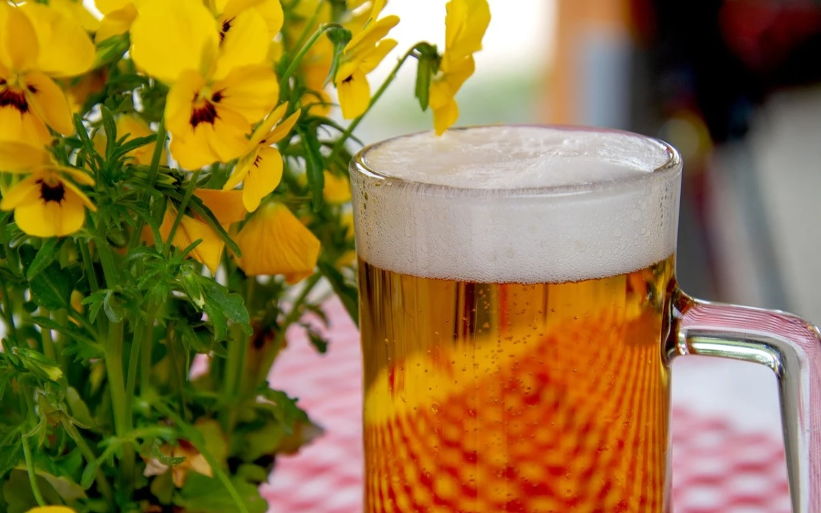 Beer glass on a table outside
